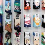 15 calcetines divertidos para ir a la oficina con alegría y tiendas de Madrid donde comprarlos