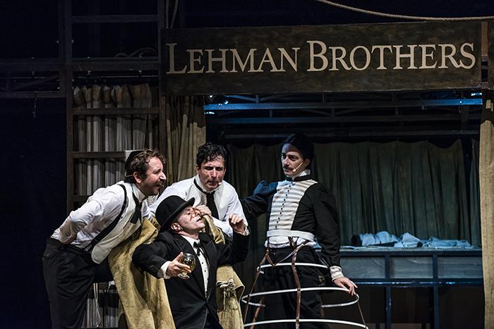 """lehman trilogy fotos de PEPE H 3 - """"Lehman trilogy"""", el teatro como pedagogía, crítica y sublime espectáculo"""