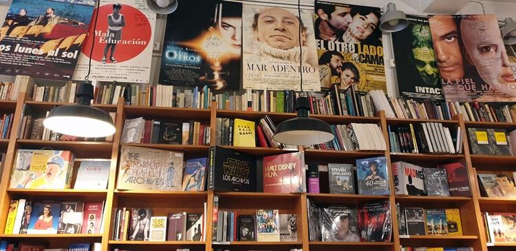 ocho y medio 4 - Ruta por las librerías temáticas más chulas de Madrid