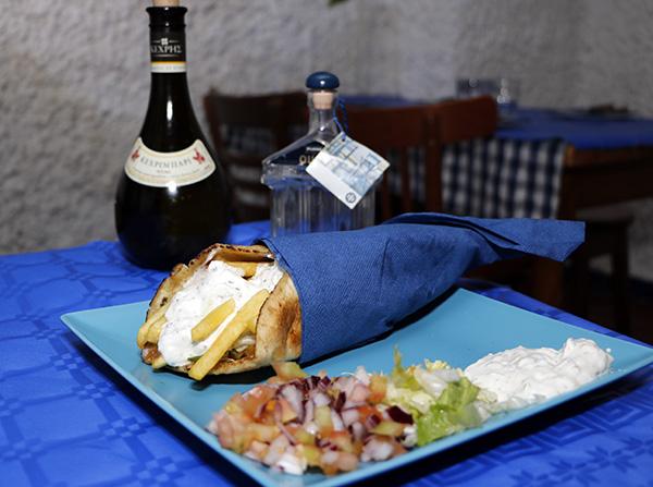Gyros de Taberna Griega Restaurante de Madrid - Kebab, Shawarma o Gyros, ¿cuál te gusta más?