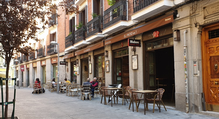 calle perez galdos - Historia, terracitas y shopping para un plan perfecto en Madrid