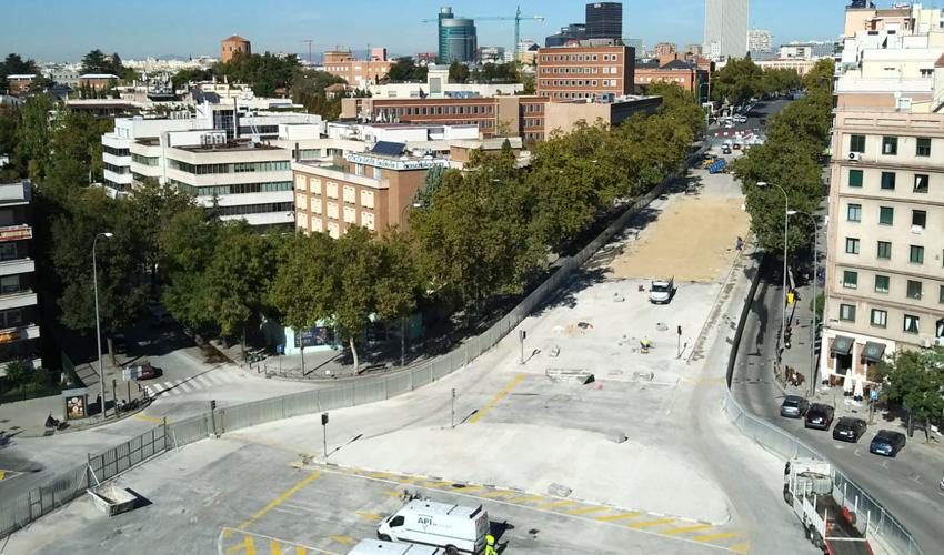 Se abre la glorieta de López de Hoyos tras el desmontaje del puente de Joaquín Costa
