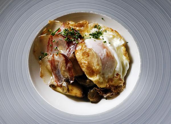 setas con huevos restaurante Treze Madrid 01 - Restaurante Treze: Setas y caza para una cocina portentosa