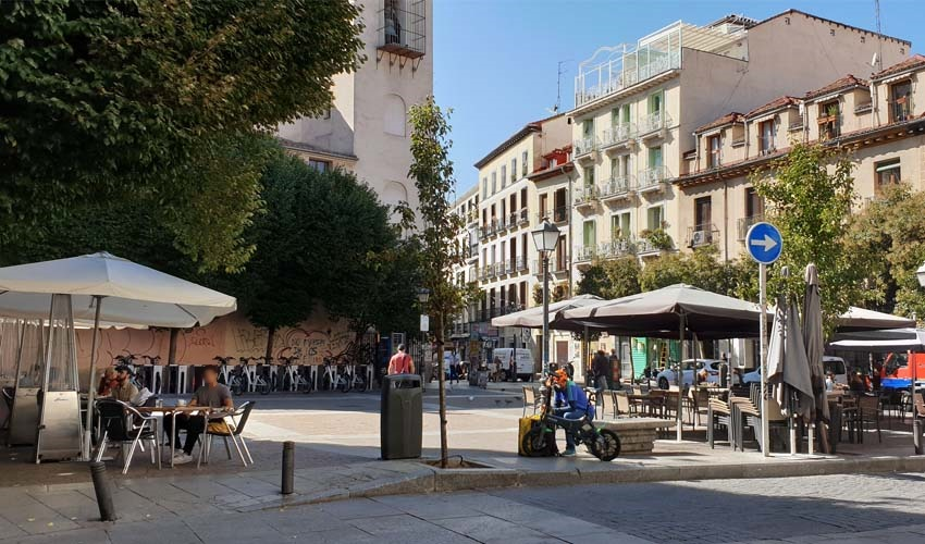 Historia, terracitas y shopping para un plan perfecto en Madrid
