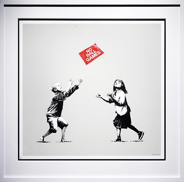 Banksy NO BALL GAMES - La exposición no autorizada de Banksy llega a Madrid