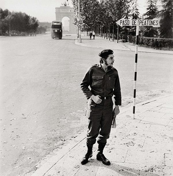 CÇsar Lucas El Che en C. Universitaria 1959 - Un libro recoge dos siglos de la historia de Madrid en 160 fotografías