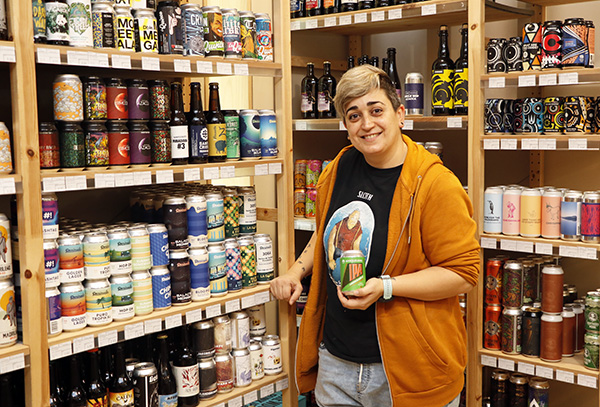 IPA beer Madrid Labirratorium rebeca 1 - Cervezas IPA, la seducción del lúpulo ya es tendencia en Madrid