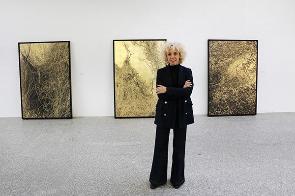 Paula ANTA 033 - Una exposición de la artista Paula Anta descubre el secreto sagrado del caos