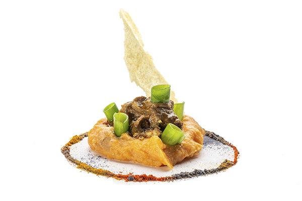 TP 2020 26 estofado de cordero y batata ibérica Tatema R - Comienza Tapapiés 2020, la cita con las 23 mejores tapas de Lavapiés