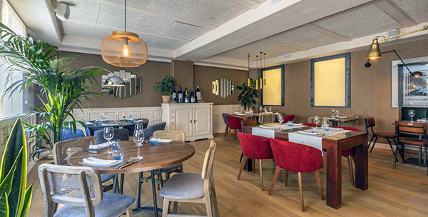 Zaga sala 1 - Restaurante Zaga: una carta purista e infalible con lúcidas sorpresas