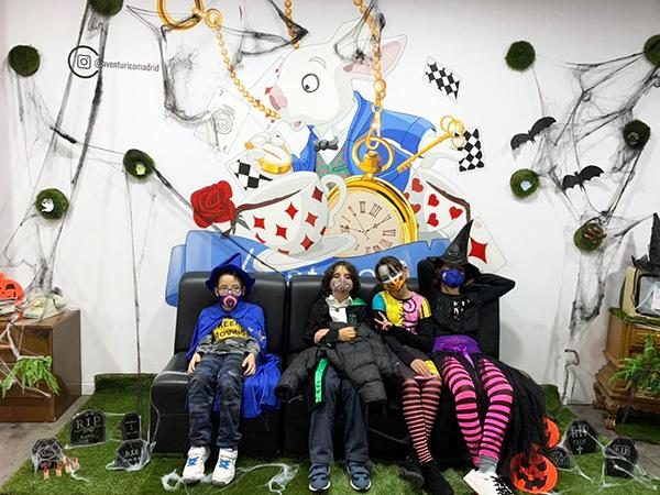 aventurico 002 - Aventurico: El escape room de moda en Madrid para adultos y niños