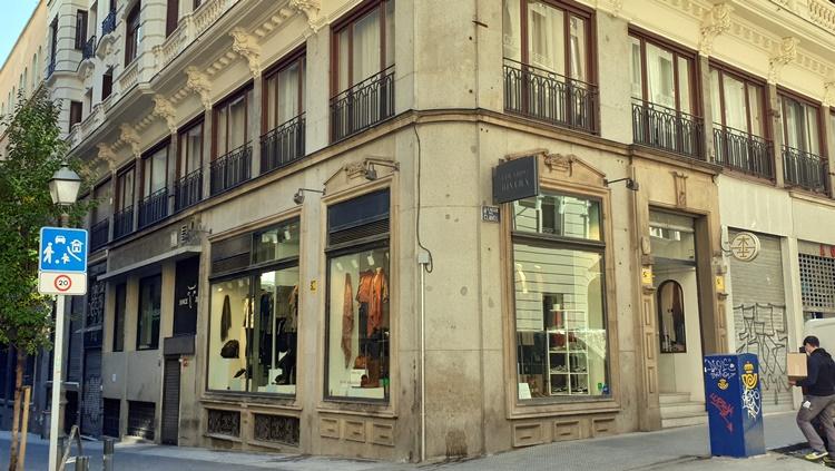 eduardo rivera fachada - 5 tiendas de Madrid para hombres que buscan vestir diferente
