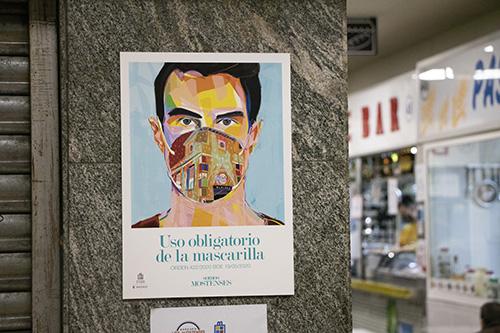 """pinta malasaña Madrid Mercado Mostenses MASCARILLA - 50 grafiteros actúan en el Mercado de los Mostenses para """"Pinta Malasaña"""""""