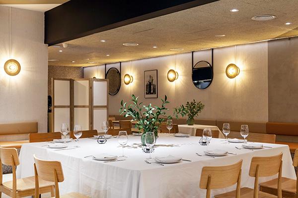restaurante Popa Madrid mesa 1 - Restaurante Popa: bocados de mestizaje y sabor imaginados por el chef Willy Moya