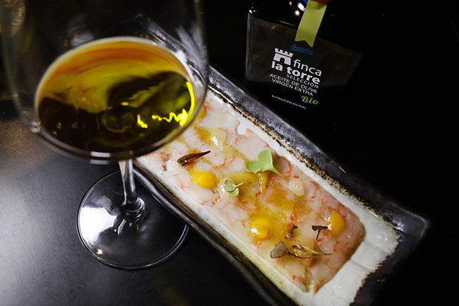 aceite plato 3 rita sibarita - Restaurante Rita Sibarita: cuando un aceite extraordinario ensalza una buena cocina