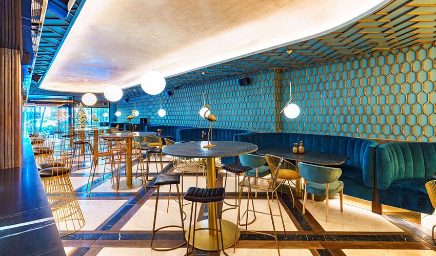 Restaurante D´Platos deleite: tapeo de altura con alma granadina en un local muy chic