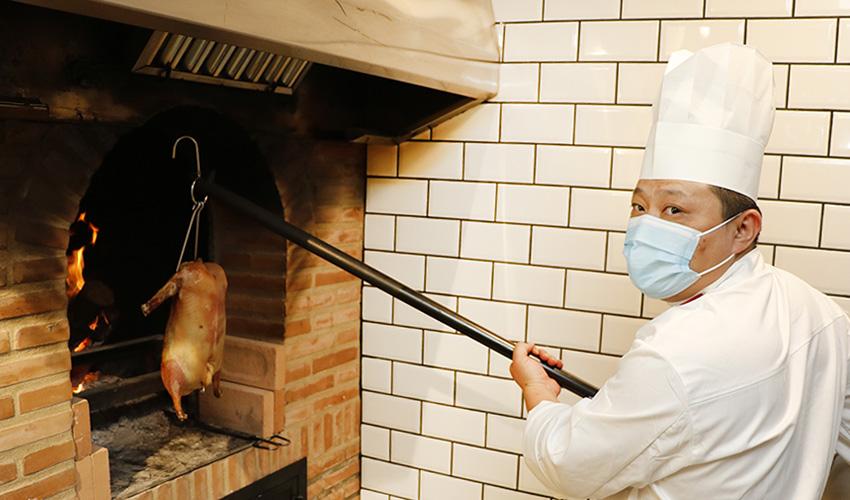 Restaurante chino Hutong: sabores genuinos con el pato Pekín como protagonista