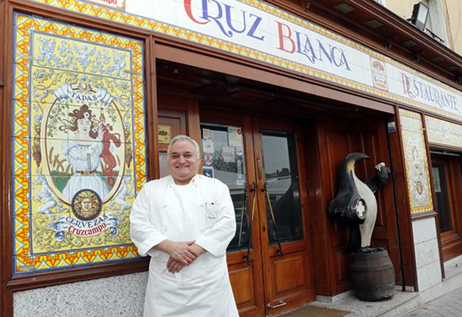 Antonio Cosmen 2 - El cocido madrileño del restaurante Cruz Blanca Vallecas está buenísimo