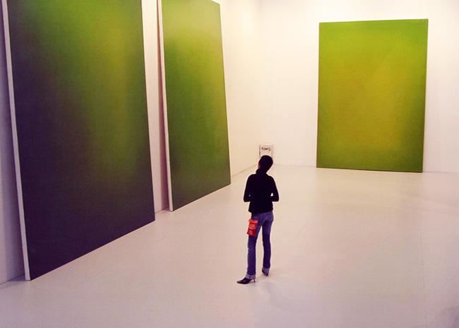 Cristina Lucas 2004 - El Conde Duque reúne la mirada de artistas en sus recorridos por ARCO