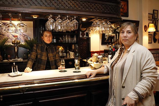 La parra 01 tessa y Andrea1 - Restaurante La Parra: la calidad heredada en un presente exquisito y acogedor