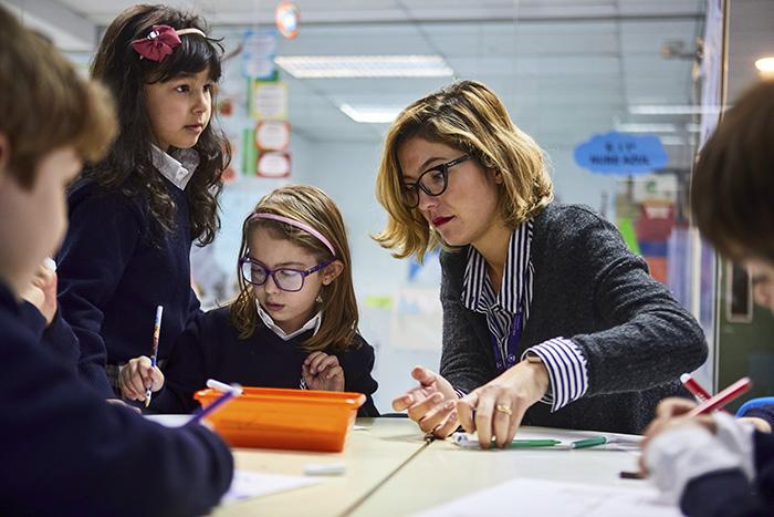 SANTAISABEL 386 - Colegio Internacional SEK Santa Isabel, un modelo educativo propio e innovador, centrado en el alumno y en el desarrollo de sus competencias