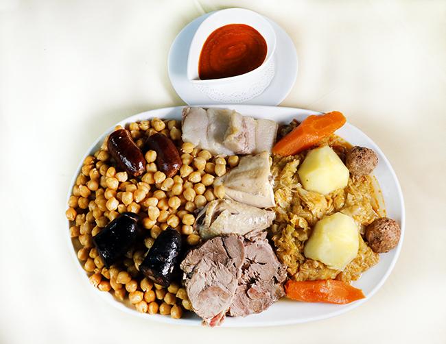 cocido cruz blanca vallecas 001 - El cocido madrileño del restaurante Cruz Blanca Vallecas está buenísimo