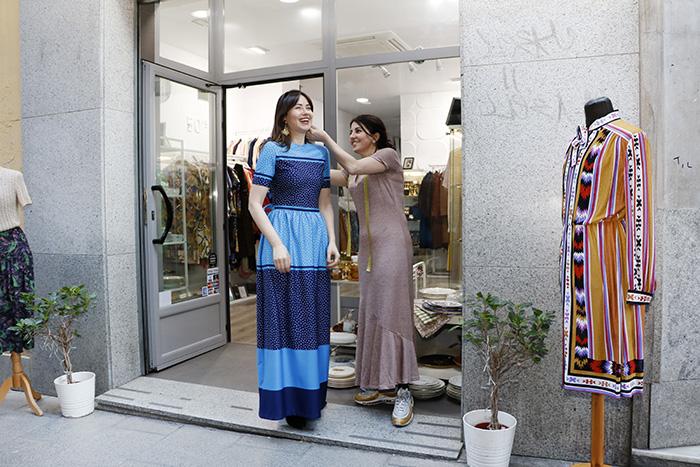 amores eternos tienda de moda de madrid 2 - Tiendas de moda sostenible en Madrid. La ruta de la experta en shopping, Laura Opazo