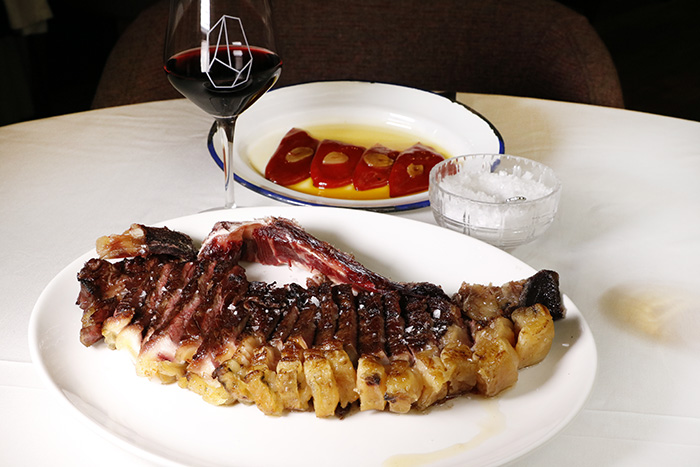 restaurante Rocacho Madrid 5 - Restaurante Rocacho, donde las brasas custodian el sabor de grandes carnes y pescados
