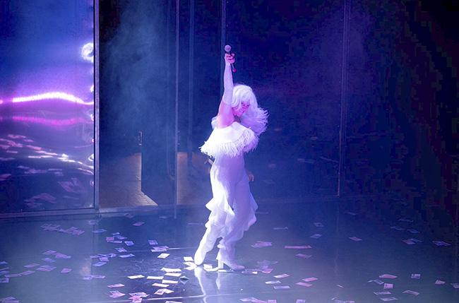 """teatro Fariña 4 - """"Fariña"""", la obra basada en el best seller del narcotráfico gallego, prorroga en el teatro Cofidís"""