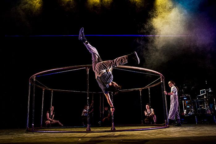 La rueda CGaby Merz 12 - Teatro emergente en las Naves del Español