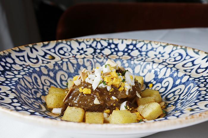 Cafe Comercial 01 - Café Comercial, recetas clásicas madrileñas para un restaurante chic