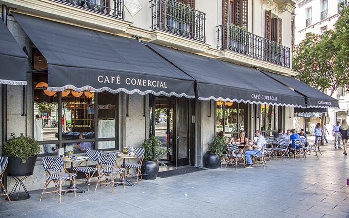 Terraza Café Comercial2 - Café Comercial, recetas clásicas madrileñas para un restaurante chic