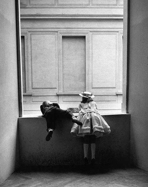 Sala Canal Isabel II. Gerardo Vielba Niños del Louvre. París 1962 - 86 exposiciones para PhotoEspaña 2021 centradas en el feminismo y la sostenibilidad