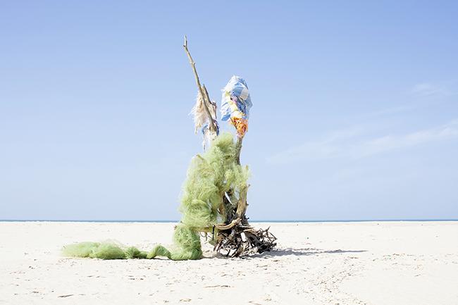 Tabacalera La Fragua. Paula Anta.Caax red pescador 2018 C Print  - 86 exposiciones para PhotoEspaña 2021 centradas en el feminismo y la sostenibilidad