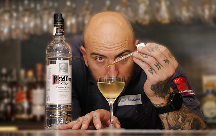 krapula coctel 01 - Krápula, el restaurante donde habita el mejor bartender de España