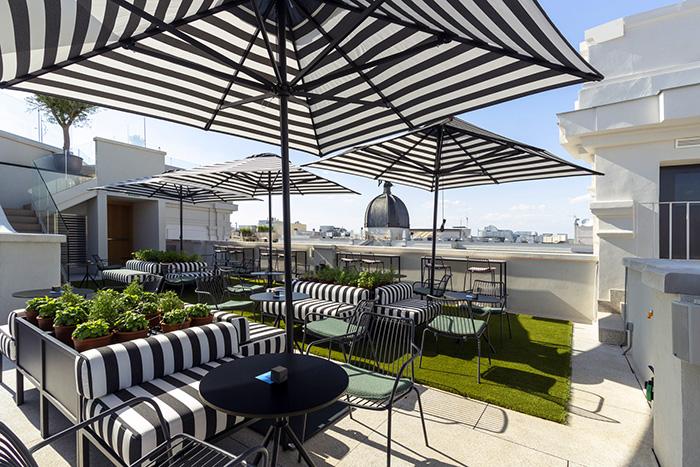 Pestana CR7 Gran Vía  Rooftop 4 - ¡Rooftops con menú veraniego y buena cóctelería!