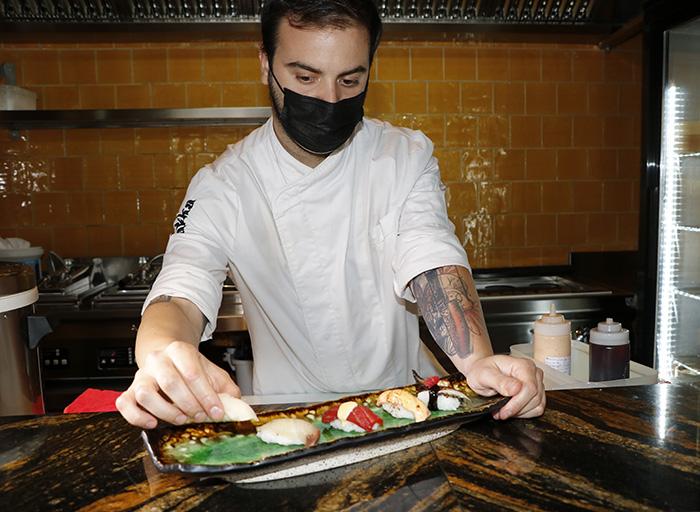 chef rest Wakka Madrid - Restaurante Wakka: ricos nigiris y dim sum en un universo asiático muy chic