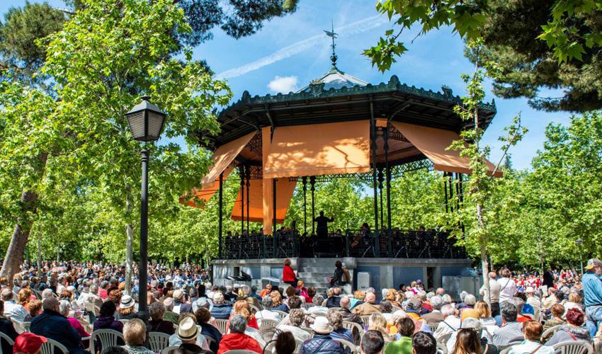 Concierto de la Banda Sinfónica Municipal en El Retiro