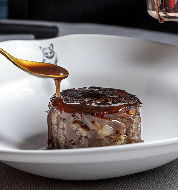 Don Dimas. Guiso de garbanzos a la Maestranza 6 - Restaurante Don Dimas, cocina de afecto, materia prima y sabor