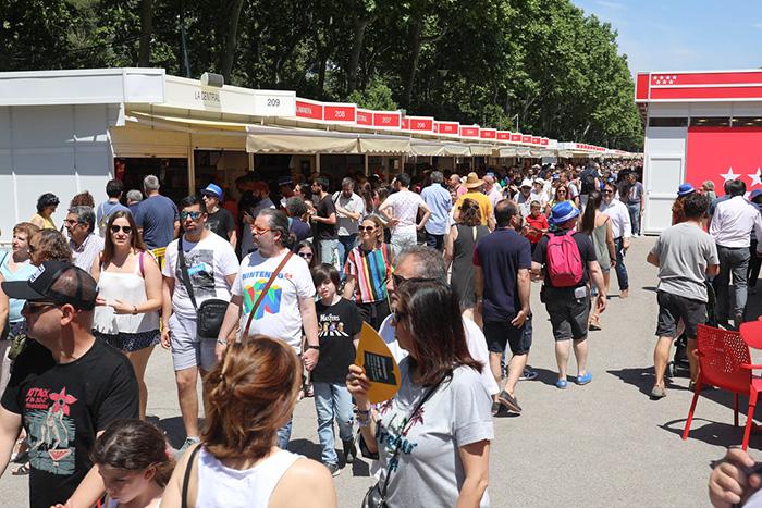 feria del libro Madrid - Madrid se reencuentra con la Feria del Libro