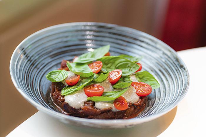 Caponata siciliana - NOI, el restaurante italiano que acapara todos los sinónimos de la palabra delicioso
