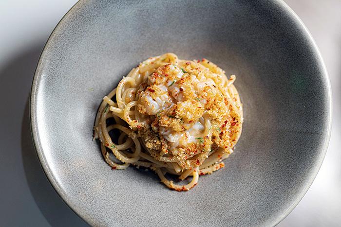 Spaghetti aglio olio y peperoncino con cigalas - NOI, el restaurante italiano que acapara todos los sinónimos de la palabra delicioso