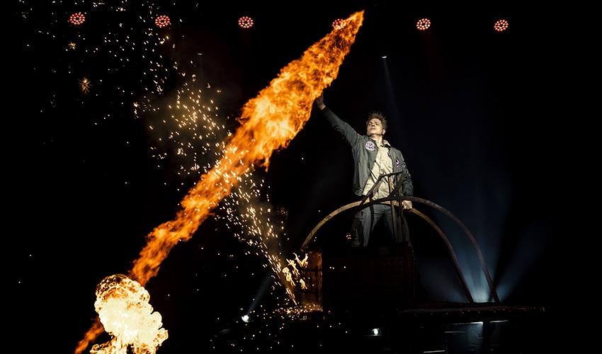 El Mago YUNKE vuelve a IFEMA con su espectáculo HANGAR 52 REVOLUTION